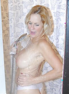 Wife In Shower Pictures