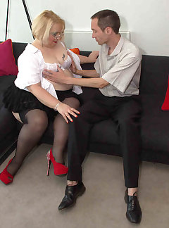 Secretary Pussy Pictures