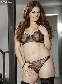 Lingerie Pussy Pictures