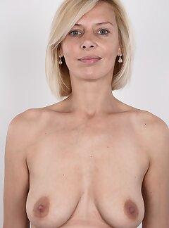 Wife Saggy Tits Pictures