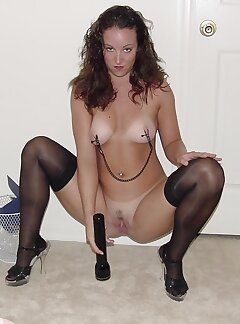 Brunette Pussy Pictures